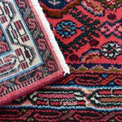 TAPPETI--Lavaggio accurato di tappeti di ogni genere con impianti di trattamento a scorrimento lineare, senza deformazioni e strappi per il tuo tappeto.